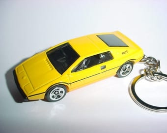 3D Lotus Espirit S1 custom keychain by Brian Thornton keyring key chain finished in Yellow color trim 007