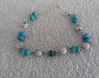 Pearl skull bracelet