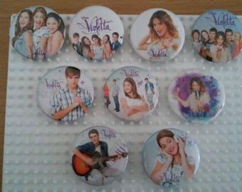 "Set of 9 badges ""Violetta"""
