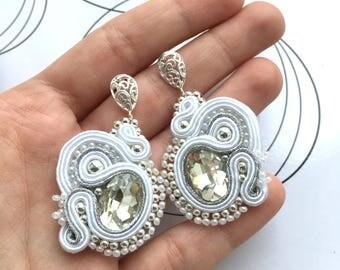 Bridal Earrings, Bride Earrings, Stud Earrings For Wedding, Bridal Accesories, Wedding Style, Standout Jewelry, White Bold Earrings