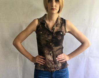 Vintage Floral Sleeveless Button Up Top