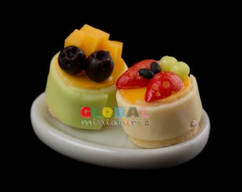 Dollhouse Miniatures Dish of Fruit Tart Cake Strawberry and Blueberry with Peach on Oval Ceramic Dish - 1:12 Scale