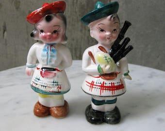Vintage Salt & Pepper Japan Porcelain Hand Painted Boy Girl Bagpipes 1960s