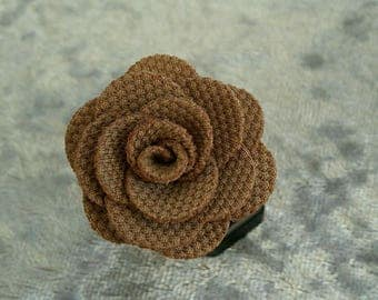 ring brown cloth flower on pretty silver bracket