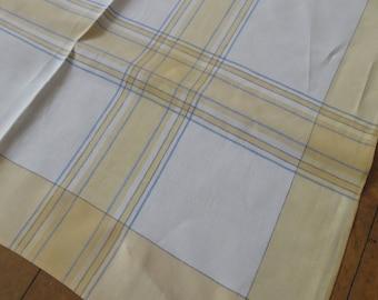 Retro Vintage 1940's Irish Linen Checked Table Cloth