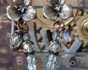 """""""Ancient Nature ornaments"""" - light green earrings"""
