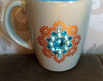 Grey and blue mug decorated way jewel