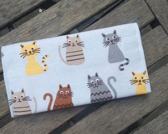 checkbook cat yellow and Brown and gray