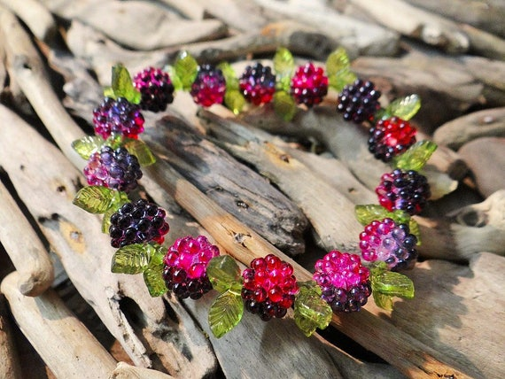 Forest Berry Berries Bracelet Stretch Leaf Leaves Acrylic Plastic Cute  Woodland Picking Raspberry Blackberry Raspberries Blackberries