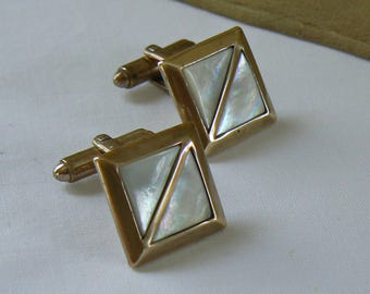 Vintage Cuff Links, Brass and Mother of Pearl Cuff Links, Retro Cufflinks, Men's Jewelry, Men's Cuff Links, Retro Jewelry, Free Shipping
