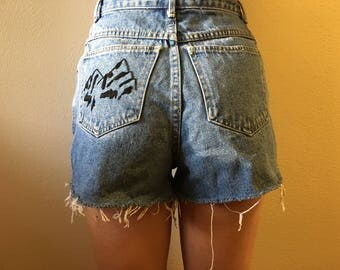 Embroidered Jean Shorts - High Waitsed