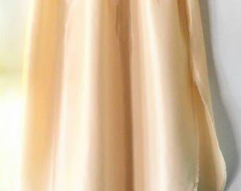 VINTAGE Henson Kickernick Half Slip-Long Skirt/Dress-Cream/Off White-Slit-Lace-Small-All Orders Only 99c Shipping!!