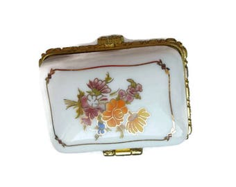 "french vintage - ""Bouquet of flowers"" rectangle pill box"