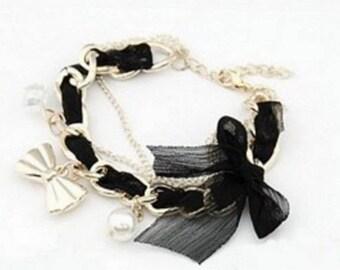Bracelet with bow tie