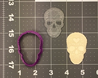 Skull 106 Cookie Cutter and Stamp (Embossed)