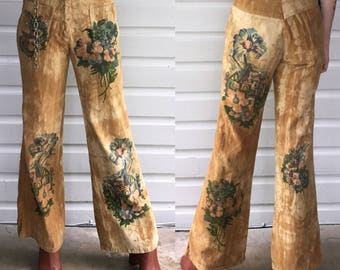 """Vintage 1970s Tan Hand Painted High Waisted Jeans / Pants size 26"""""""
