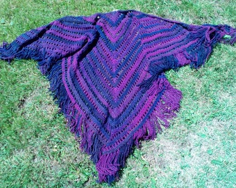 "Hand-crochet Shawl ""Purples"""