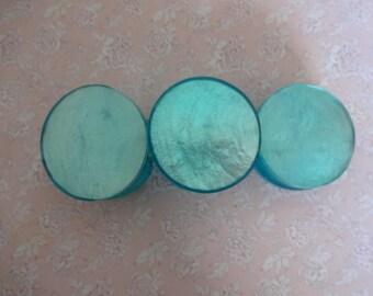 Vintage Blue Mother of Pearl Bracelet, Shell Bracelet, Blue Bracelet, Button Bracelet, Blue Lucite Bracelet