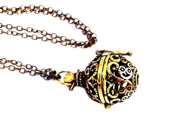 Necklace vintage brass box prayer that opens