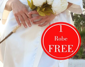 Bride Gift, Bridesmaid Robes, Wedding Gift, Personalized Bridal Shower Gift, Bridesmaid robe gold, Silky Robes, Bridesmaid robes set