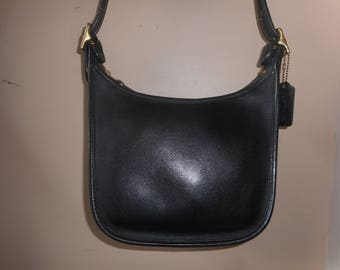 Vintage COACH Black Leather Shoulder Bag #E1D-9950 w/Hang Tag USA