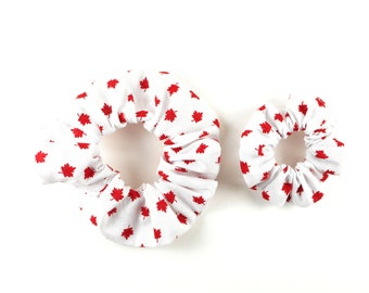 Scrunchie CANADA 150, fabric 100 % cotton - red and white, Canada Day, maple leaf