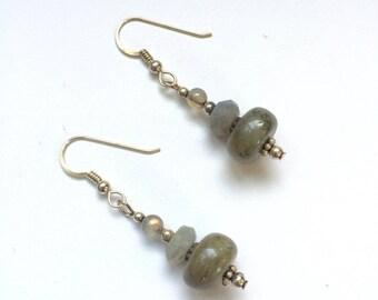 Sale 20% off Vintage Handmade Sterling Silver Labradorite Earrings, Gemstone Earrings, Natural Stone Earrings, Dangle Drop Earrings.