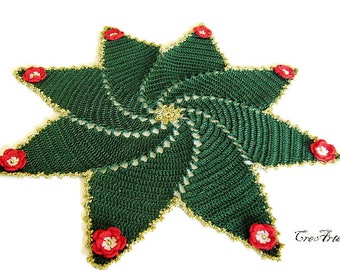 Green crochet Christmas Doily, Table Decoration, Centrino Natale