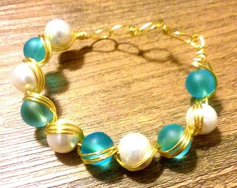 Blue and white wire bracelet
