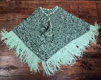 HANDMADE 2-Tone Green Knit Blanket Shawl