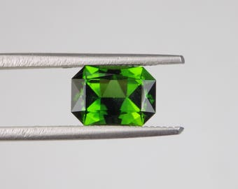 Stunning 1.83 ct natural chrome tourmaline