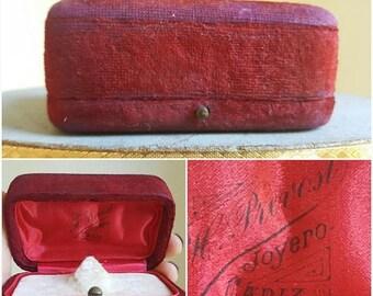 Save 25% Antique Spanish Red Velvet Jewelry Box Jewelry Display Box Ring Display Storage Jewelry Case Vintage Jewelry Display Antique Ring B