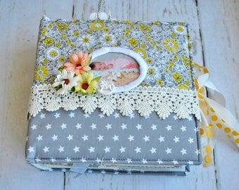 Photo Album Scrapbook /Handmade Memory Card Book / Custom Made Foto Shabby Paper Crafting Album / Wedding, Family, Baby Born Scrap Book Gift