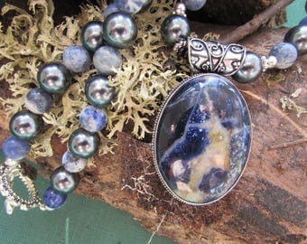 Vintage style Sodalite pendant on pearl and sodalite bead necklace