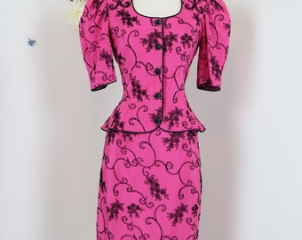 1980s Suit - Steampunk Victorian Style Suit - Puffed Sleeve Baroque Flocked Floral Design - Bold Pink Black Statement Suit - Size Small
