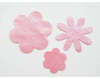 Set of 3 faux Pearl Pink leather flower motifs