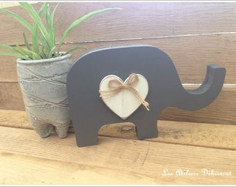 Set of 2 Elephants in grey and white weathered wood