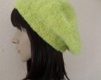 Beret hat in wool and mohair knitted handmade lime (head circumference 55-60 cms)