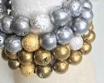 Bracelet - Starlight Stretch in genuine druzy agate in gold or silver with gold or silver accent bead - CHOICE
