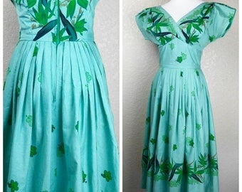 Stunning Vintage Seafoam Original Hawaiian Togs Dress
