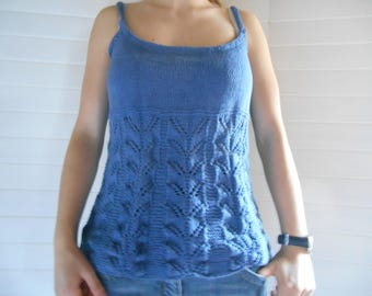 Blue Denim top made of pure cotton.
