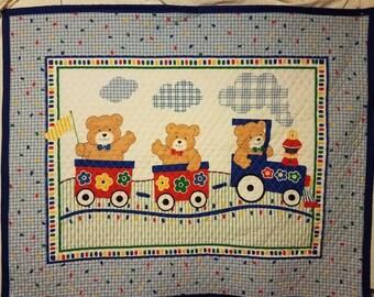 Baby quilt . Cute bears train ride