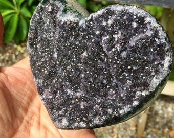 Dark Amethyst Heart