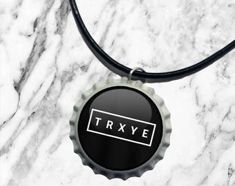 Troye Sivan TRXYE - Bottle top charm necklace