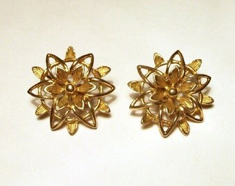 Sarah Coventry Earrings Gold Flowers Stars Vintage Signed Sarah Cov Clip On Earrings