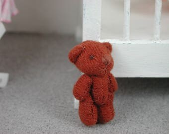 Teddy in the color of rust for the doll, the Dollhouse, miniature dollhouse miniatures