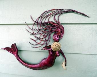 Mermaid with 2 shells
