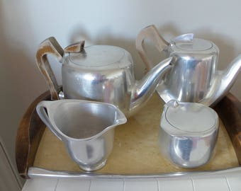 Picquot Ware Newmaid Teaset