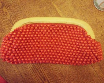 Resplendent Retro Red wooden beaded clutch purse in perfect condition. Totally unique and totally rad!