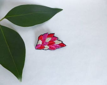 Brooch embroidered pink and Red / embroidered leaves / embroidered jewelry / Nature / embroidered accessory / colorful brooch / plant